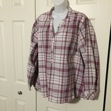 Lee long sleeve tunic/shirt. 1X in Naperville, Illinois