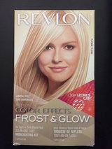 Revlon Frost and Glow highlight kit in Naperville, Illinois
