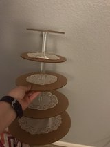 Cake stand in Fairfield, California