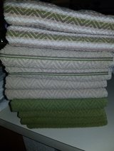 10 Kitchen Towels in Travis AFB, California