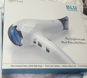 Instyler - Blu Turbo Blow dryer New in Baytown, Texas