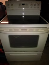 Kenmore self cleaning oven/stove in Fairfield, California