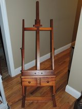 Wood Paint Easel in Perry, Georgia