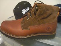 timberland men's brown new, size 9.5 in Okinawa, Japan