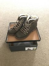 NEW hiking boots in Shorewood, Illinois