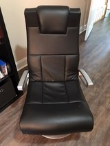 leather game chair with built in speakers in Warner Robins, Georgia