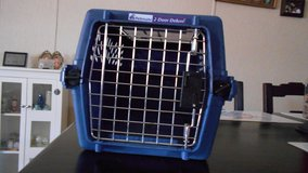 Petmate pet carrier for cat or small dog in Alamogordo, New Mexico