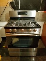 Used once like new Samsung Stainless steel gas 5 burner stove in Westmont, Illinois