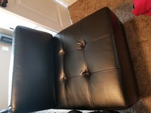 Black leather chair in Hopkinsville, Kentucky