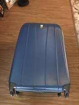 Suitcase 29x20x14 very good condition in Okinawa, Japan
