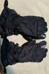 Head Ski Snow Winter Gloves Youth Medium Black Boys or Girls in Naperville, Illinois