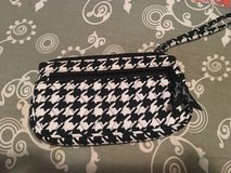 Vera Bradley wristlet in Fort Campbell, Kentucky