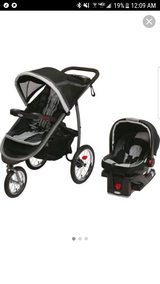 Graco click connect 35 travel system in Baytown, Texas