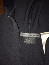 women's size medium Nike hoodie in Wright-Patterson AFB, Ohio