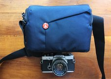 MANFROTTO Digital Camera Bag for Canon Fuji Nikon Sony Panasonic in Okinawa, Japan
