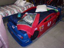 Step 2 Racing Twin Size Car Bed in Fort Riley, Kansas