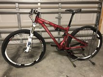 "29"" Mountain bike 2009 Pivot Cycles Mach 429  (Price Drop) in Camp Lejeune, North Carolina"