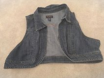 Women's Plus Jean Vest Size 22/24W in Fort Bragg, North Carolina