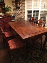 French country Kitchen Table and 4 chairs in Byron, Georgia