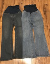 Motherhood Maternity Secret Fit Belly Jeans Size M in Fort Leonard Wood, Missouri