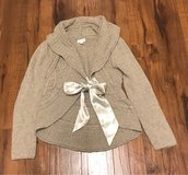 A Pea In The Pod Maternity Sweater Size M in Fort Leonard Wood, Missouri