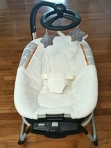 NEW Graco Vibrating Bassinet/Napper in Salina, Kansas