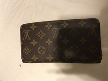 Louis Vuitton Zippy Wallet in Camp Pendleton, California