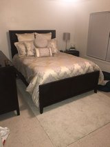 Queen bedroom set in Shreveport, Louisiana