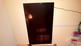 """50"""" samsung tv perfect condition 350obo in Fort Campbell, Kentucky"""