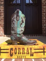 Corral ladies boots size 8 in Cochran, Georgia