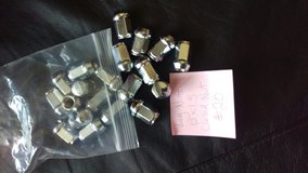 Chrome Lug Nut Set M12x1.5 in Schaumburg, Illinois