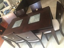 Dining Table 6 chairs in Lake Elsinore, California