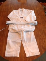 taekwondo uniform-kids in Fort Leonard Wood, Missouri