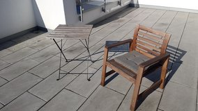 Patio chair and table in Wiesbaden, GE