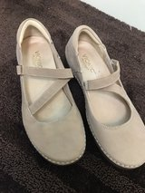 Vionic Mary Janes Shoes 8.5 8 1/2 Like New in Kingwood, Texas