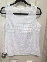 Women's White Eyelet Tank Sleeveless Top Medium in The Woodlands, Texas