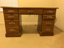 Solid wood desk in Valdosta, Georgia