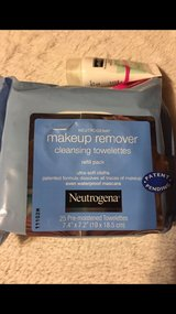 makeup remover cleansing towelettes in Tacoma, Washington