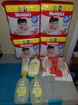 huggies bundle in bookoo, US