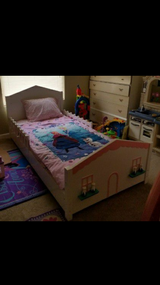 Twin size bed in Fort Irwin, California
