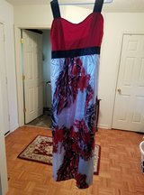 Maxi Dress Size XXL in Fort Campbell, Kentucky