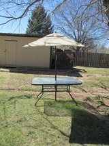 Patio Table and Umbrella in Alamogordo, New Mexico