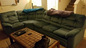 Lg sectional couch in Travis AFB, California