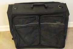 LG AIRLINE HANGING LUGGAGE BAG, MULTIPLE COMPARTMENTS, EZ 2 CARRY in Sugar Land, Texas