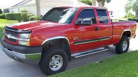 Clean 2003 Chevrolet Silverado 2500 in Saint Petersburg, Florida
