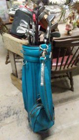 Golf Bag with 20 Clubs in Leesville, Louisiana