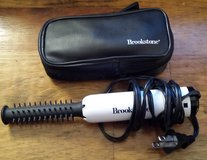 REDUCED Brookstone travel curl iron in 29 Palms, California