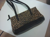 Handbags & Purses: Leopard Print Body and Black Bottom - Shoulder/Two Handled in Riverside, California