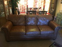 Three Piece Leather Couch Set in Lakenheath, UK