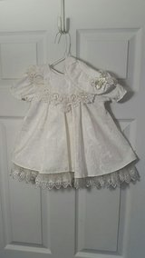 Girl's Damask Dress & Hat size 24 months in Salina, Kansas